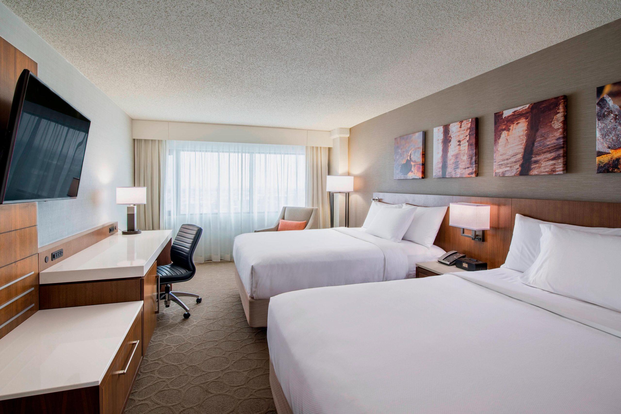 yqrdr-guestroom-4298-hor-clsc